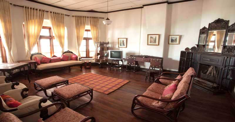Royal Suite Living Room Kodaikanal Homestay