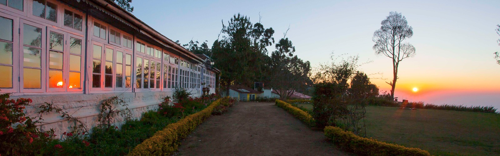 Sun Set View From Kodaikanal Home Stay
